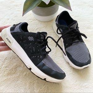 Sperry black white walking sneaker 5.5